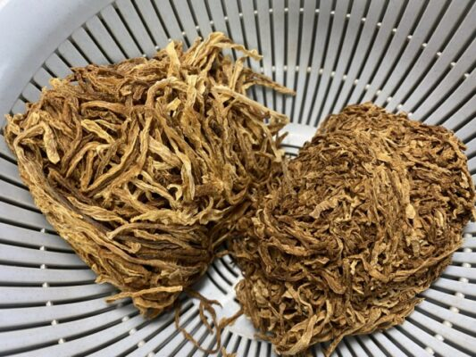茶色に変色した切干大根